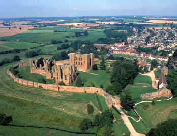 A view of Kenilworth Castle