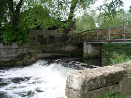 Saxon Mill weir and footbridge