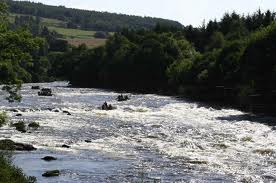 Whitewater rapids (credit: rafting.co.uk)
