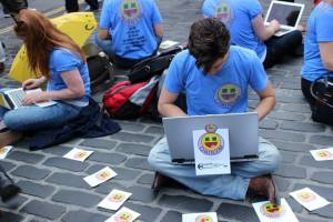 Group of actors advertising fringe performance Chatroom on the Royal Mile - photo credit Abigail Robinson