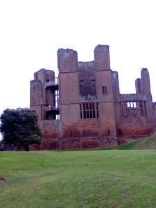 View of Leicester's Building at Kenilworth Castle, with new staircase and viewing platforms completed Aug 2014 - photo credit SC Skillman