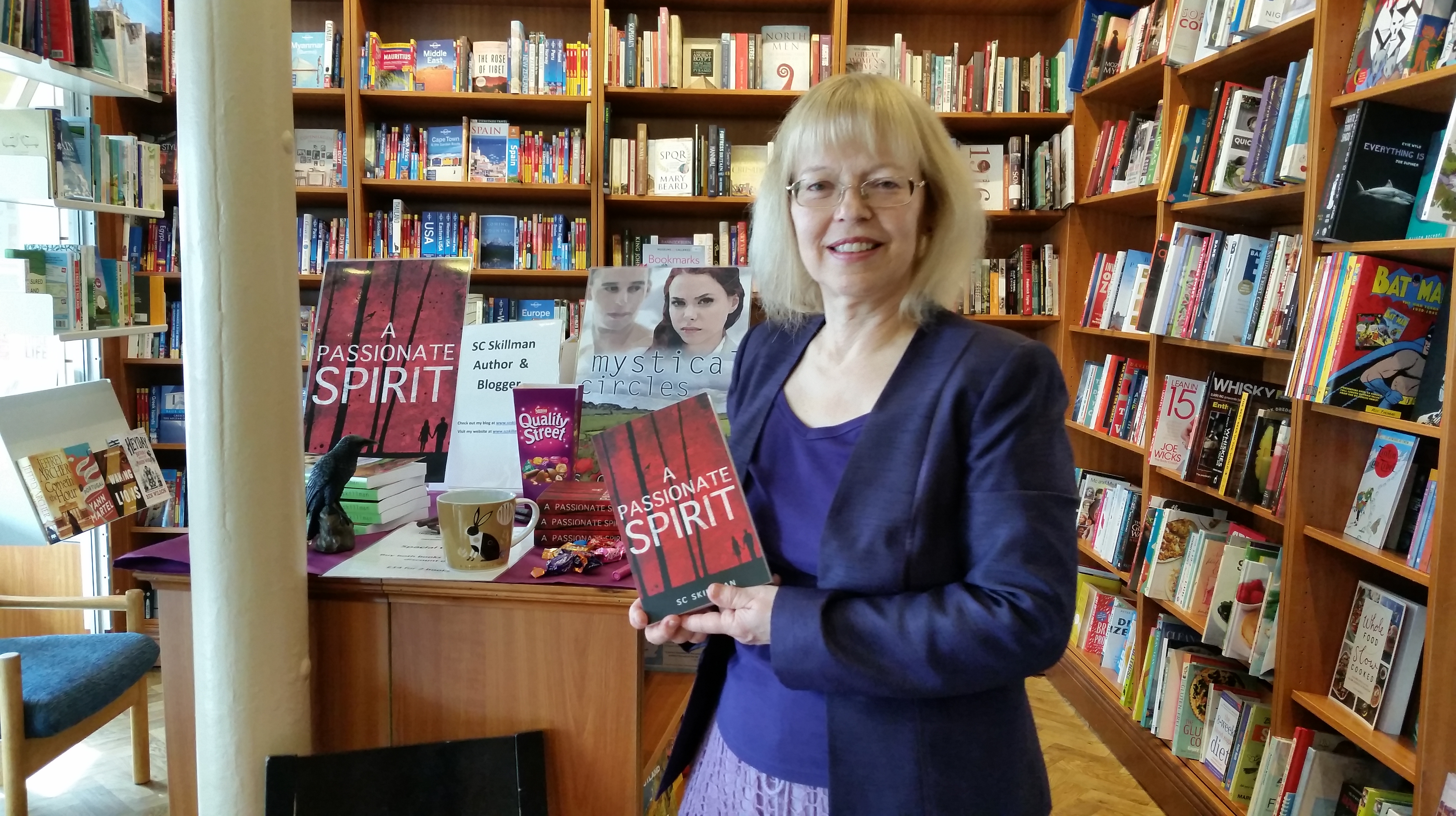SC Skillman in Warwick Books for book-signing 7 May 2016