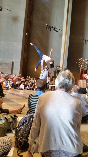 Motionhouse dancers at Coventy Cathedral 5 May 2018