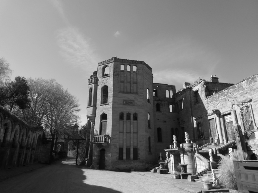 Guys Cliffe courtyard photo credit Jamie Robinson Paranormal Warwickshire SC Skillman